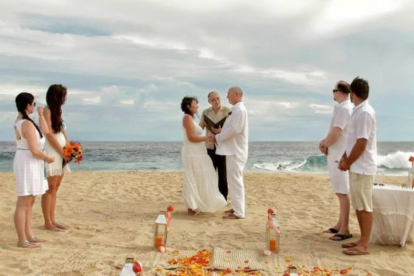 Simple Tropical Vow Renewals (4)